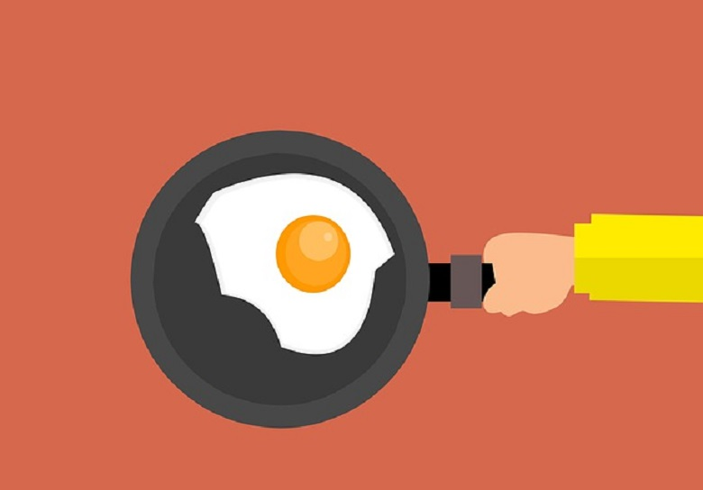 How to Use an Omelette Pan